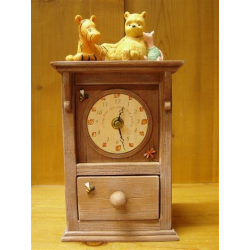 Pooh,Piglet And Tiger Clock